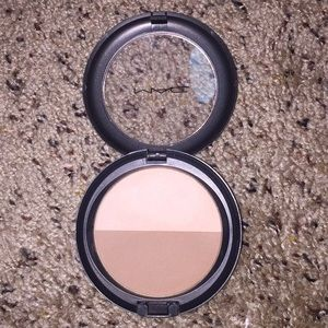 MAC sculpt and shape powder